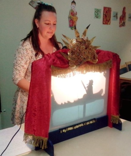 puppetry one-on-one shadow puppet show